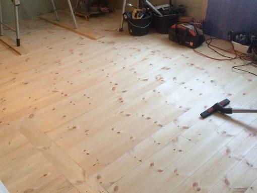 Byte av golv och bjälklag