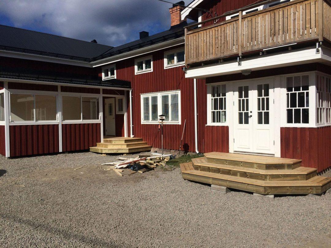 Ny bro, entré och uterum i Nansta, Hudiksvall