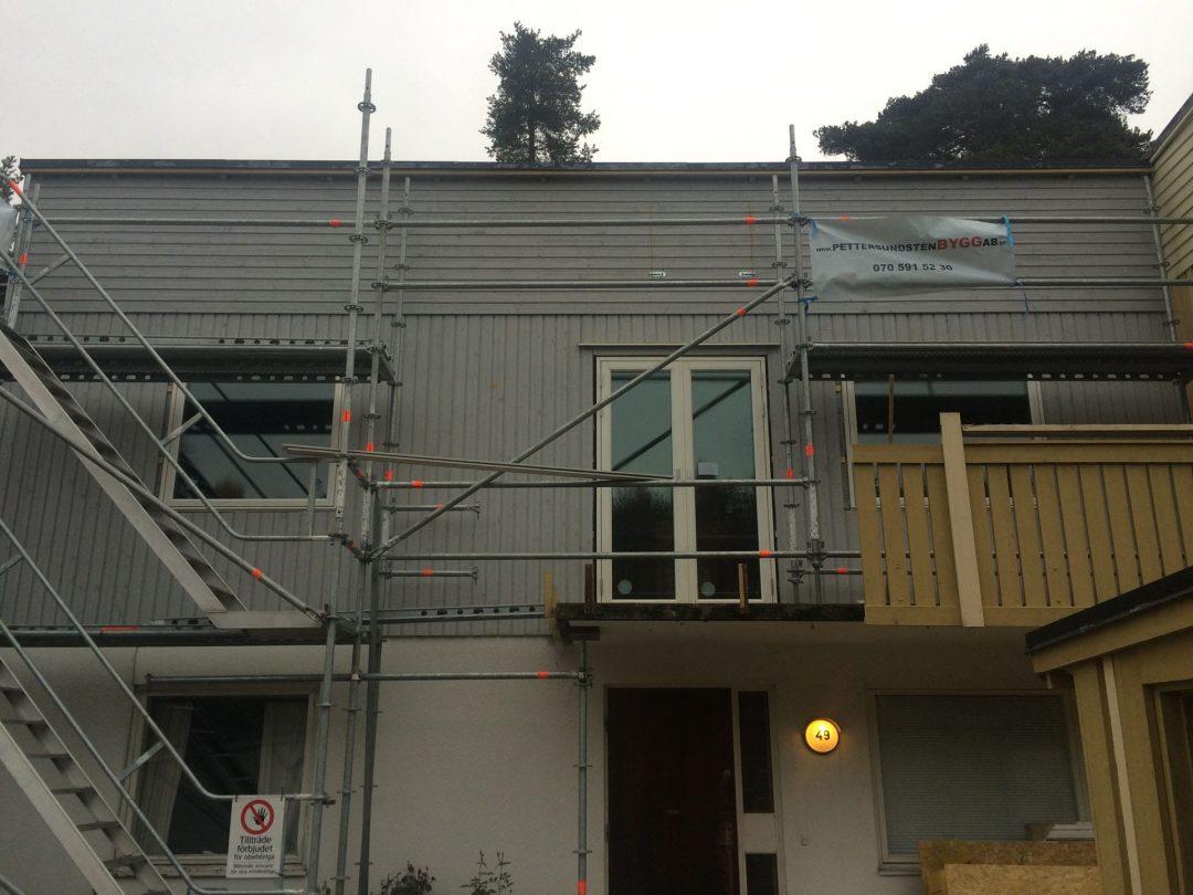 Byte av panel och fönster på Skeppsdalsvägen