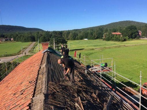 Byte av tak i Nansta, Hudiksvall